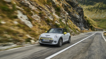 MINI Looking into selling cars at non-BMW dealers 7