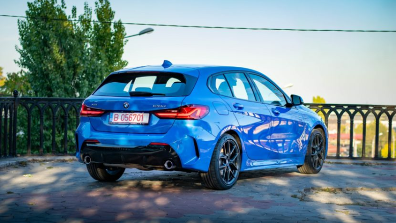 REVIEW: 2019 BMW 120d xDrive Hatchback 1