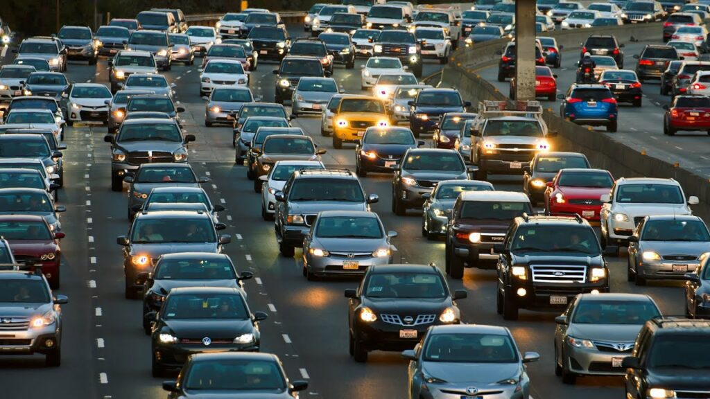 What It Would Take to Cut Your Commute in Half | Consumer Reports 1